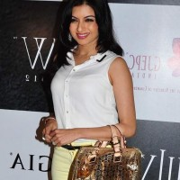 Bhagyashree at IIJW 2012