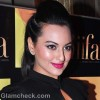 DIY sonakshi sinha striking pink makeup
