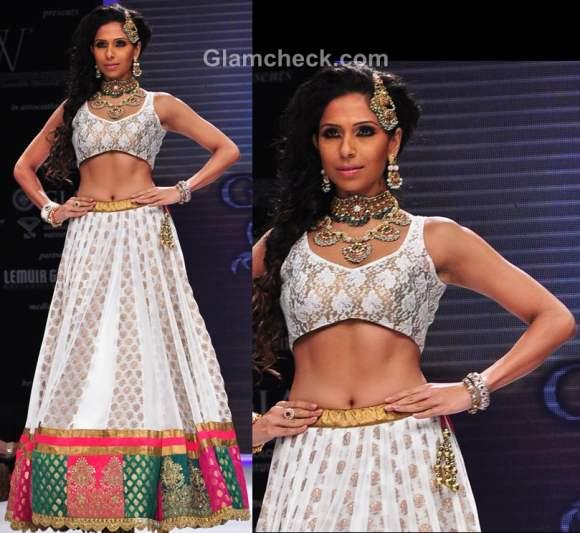 India international jewellery week 2012 designer Vijay Golecha-3