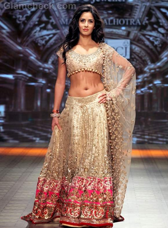 Katrina kaif for manish malhotra at delhi couture week