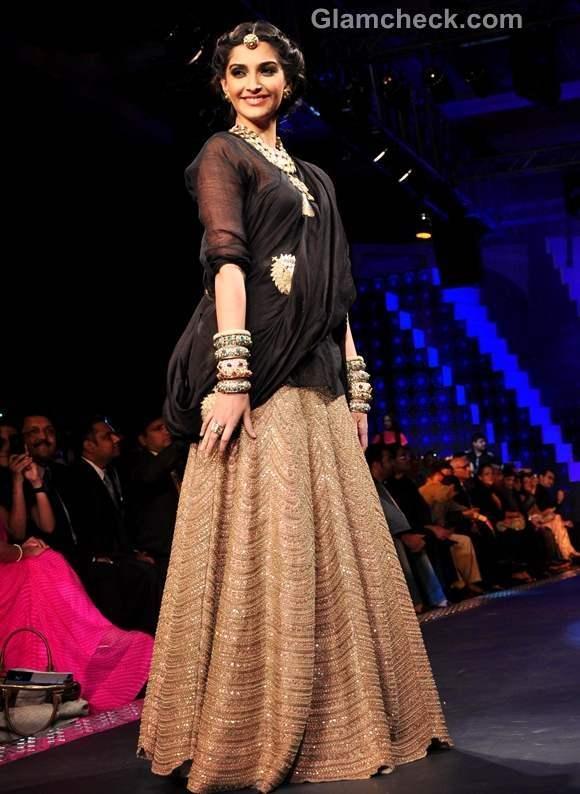 Sonam Kapoor 2012 iijw