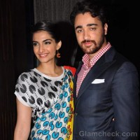Sonam Kapoor for Starweek Cover Launch