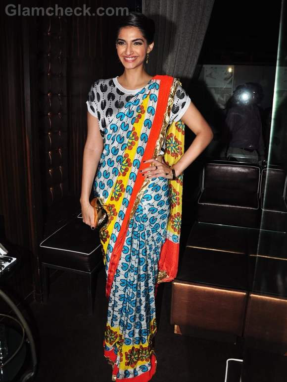 Sonam Kapoor sari for starweek cover launch
