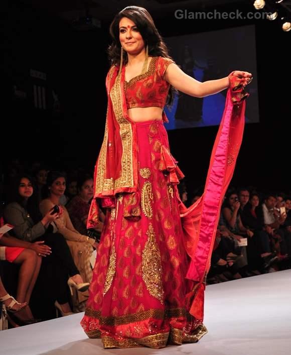 mini Mathur show stopper lakme fashion week 2012