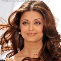 Aishwarya Rai Nude Makeup Look