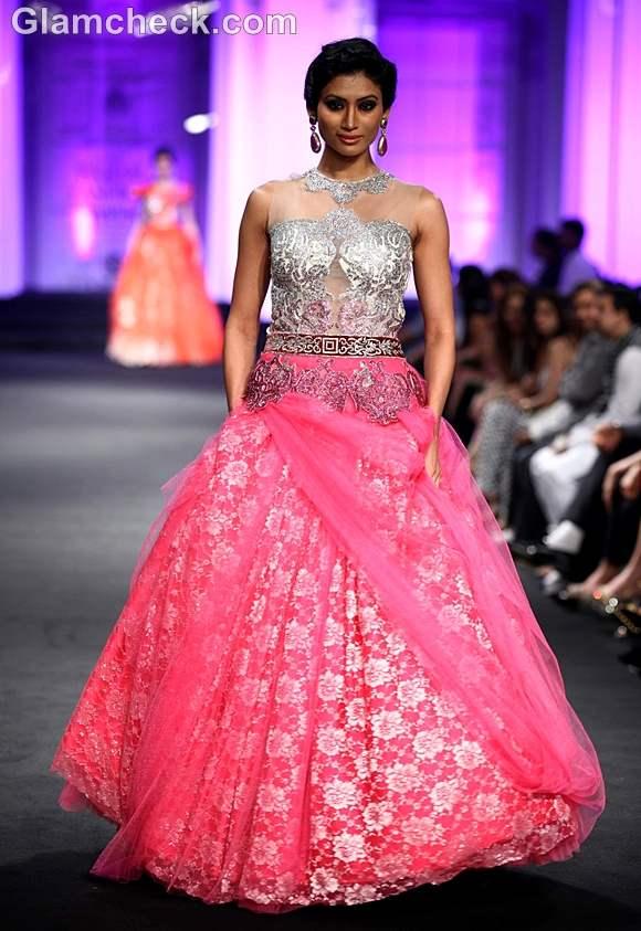 Anjalee Arjun Kapoor india bridal week 2012 show