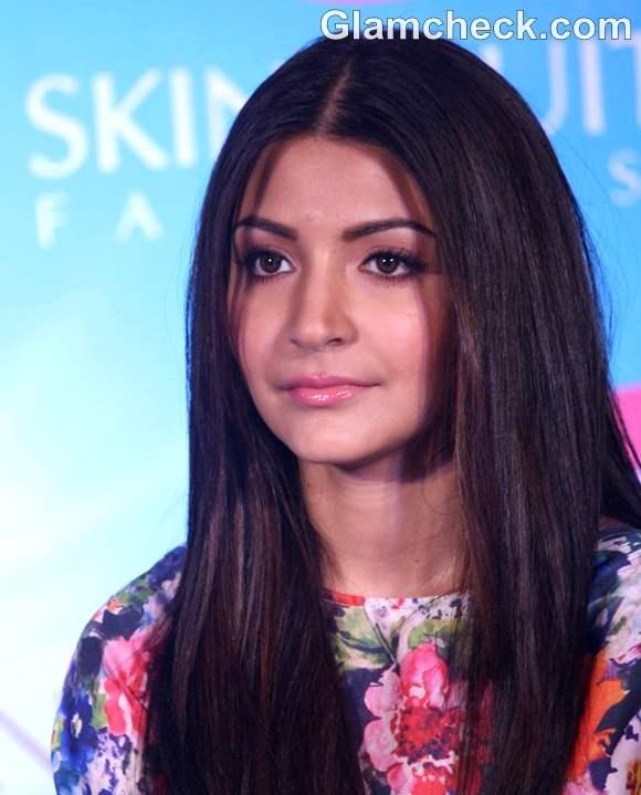 Anushka Sharma makeup launch of joy cosmetics
