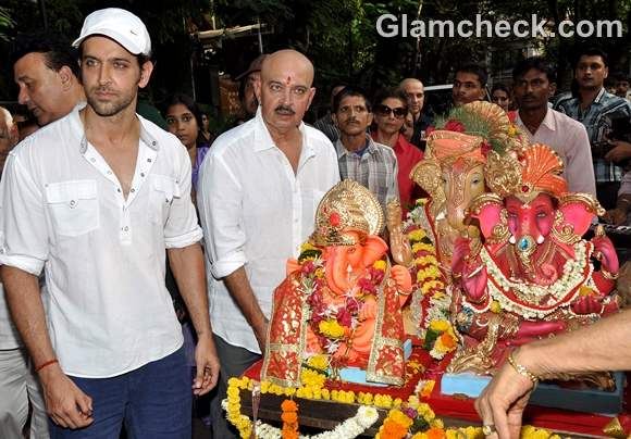 Bollywood Celebs Ganpati Visarjan 2012-3