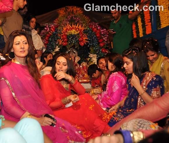 Bollywood Celebs Ganpati Visarjan 2012-4