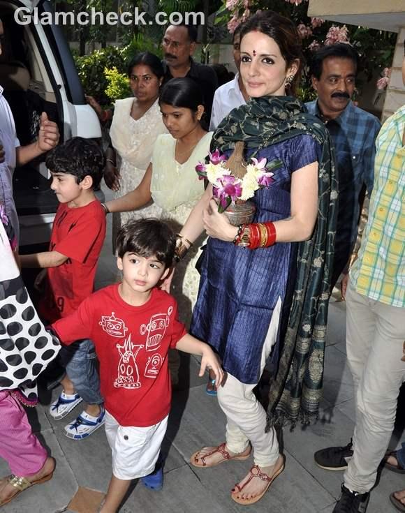 Bollywood Celebs Ganpati Visarjan 2012-5