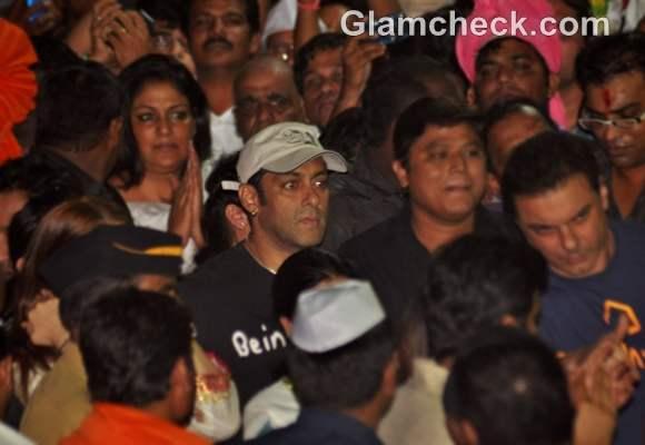 Bollywood Celebs Ganpati Visarjan 2012 salman khan