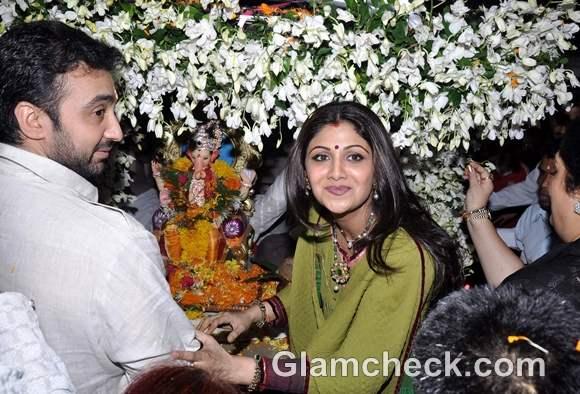 Bollywood Celebs Ganpati Visarjan 2012