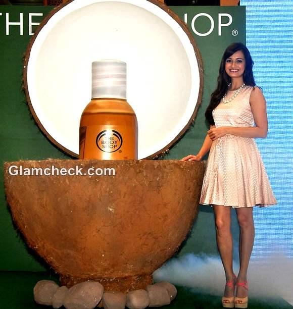 Dia Mirza body shop rain forest coconut oil launch