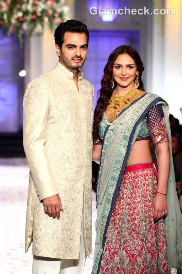 Esha deol Bharat Takhtani for Azva Jewelry at India Bridal Fashion Week 2012