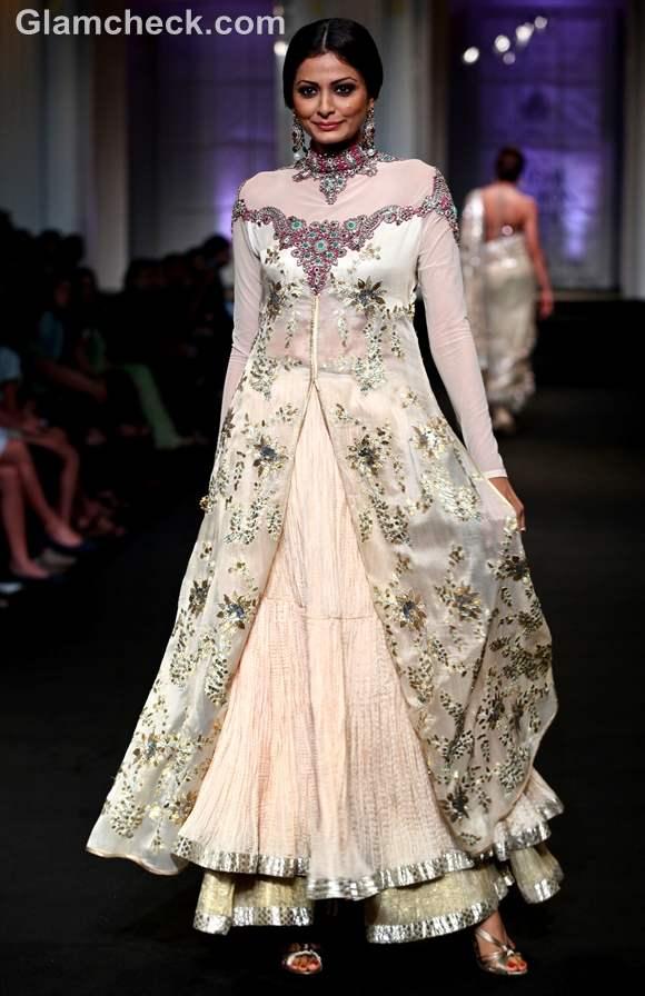 India Bridal Fashion Week 2012 Ashima-Leena-5