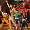 Kareena Kapoor Promotes Heroine on Dance ke Superkids