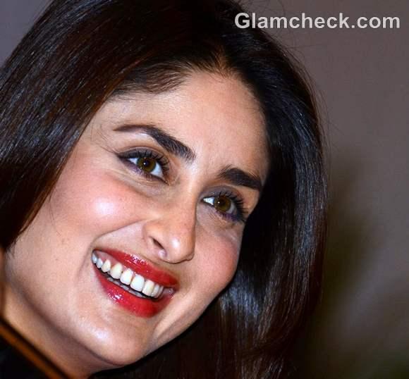 Kareena Kapoor red lips Heroine promotion