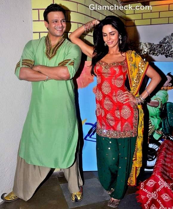 Mallika Sherawat Vivek Oberoi promote KLPD at Pritam Da Dhaba