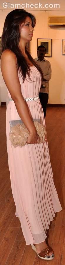 Mugdha Godse  maxi dress Kala Ghoda Mumbai