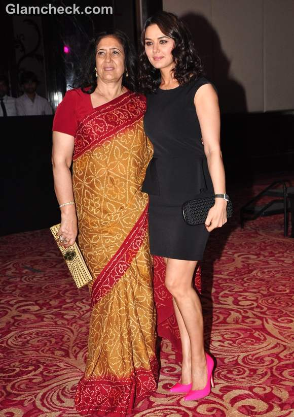 Preity Zinta with mother at Ishkq in Paris release