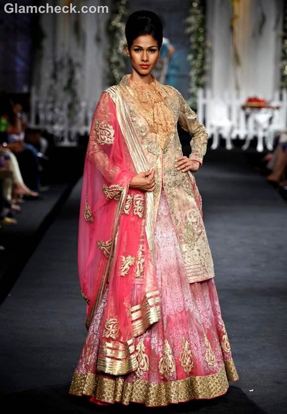Shantanu Nikhil India Bridal Fashion Week 2012-4