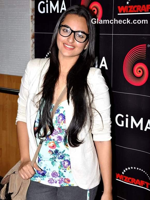 Sonakshi Sinha Nerdy Look