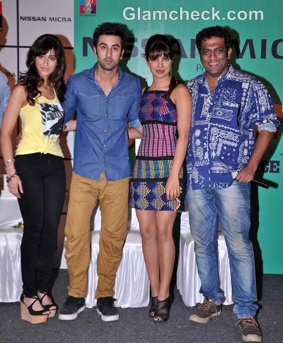 Stars of Barfi Promote Film at R City Mall