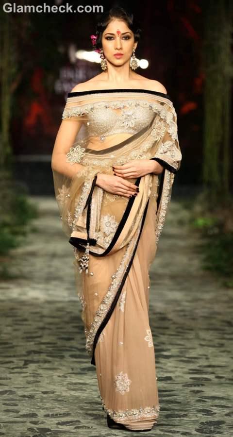 Tarun Tahiliani  day-1 iIndia bridal week 2012-9