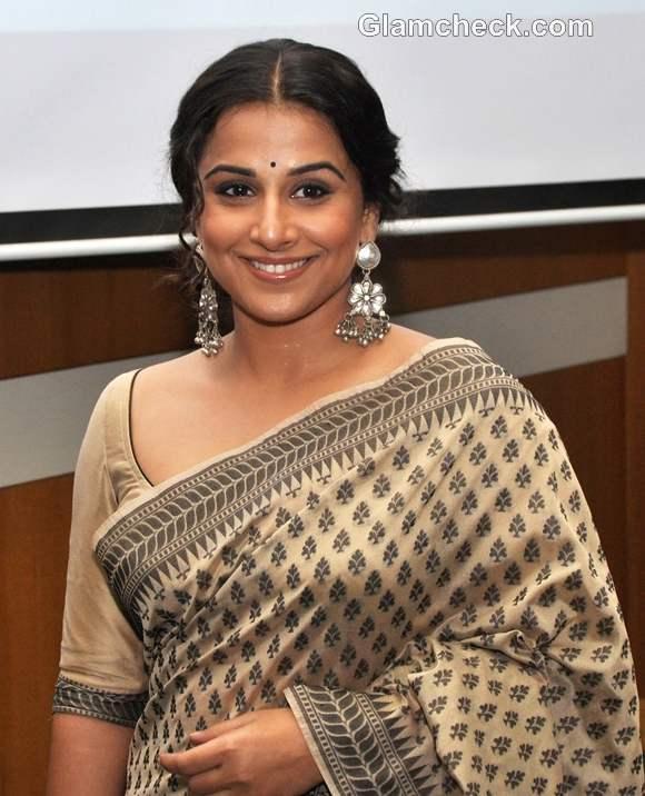Vidya Balan traditional look earthy makeup