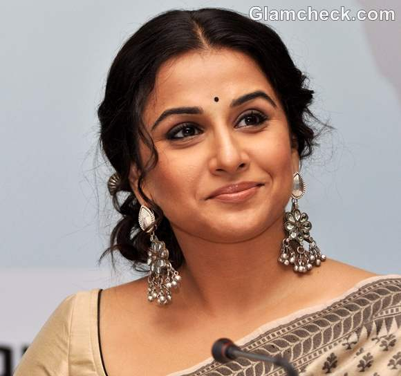 Vidya Balan traditional look makeup