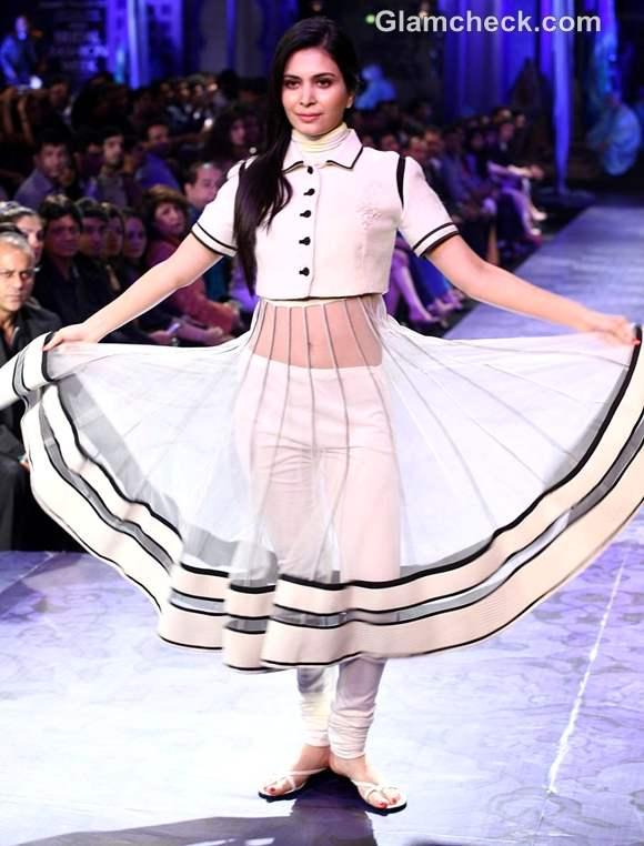 aamby valley india bridal fashion week 2012 JJ Valaya collection