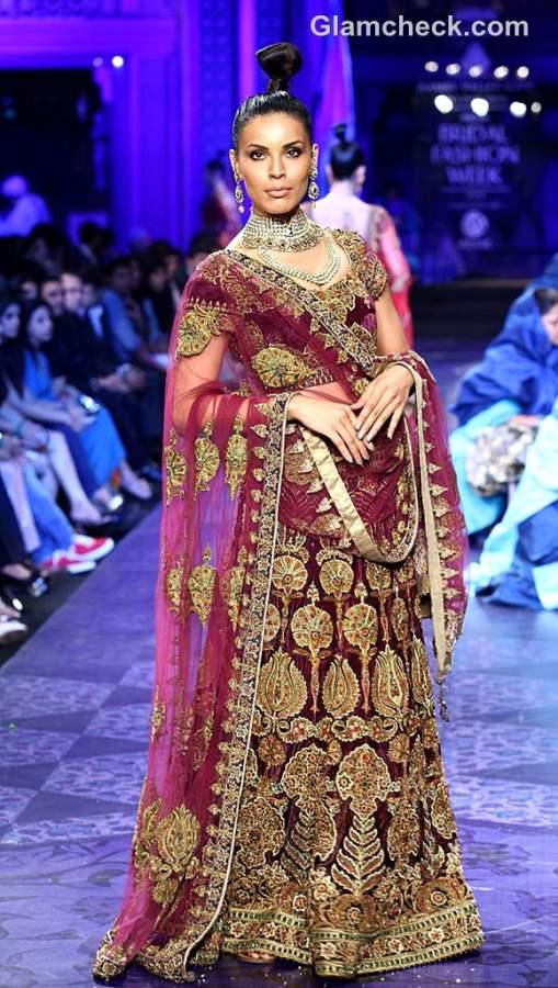 aamby valley india bridal fashion week 2012 JJ Valaya grand finale lehenga