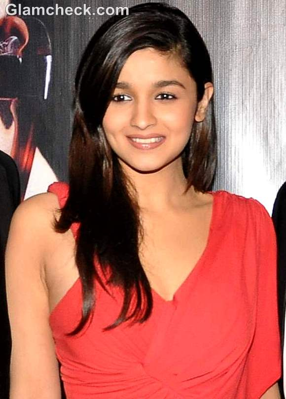 Alia Bhatt and 'Student of The Year' Cast at KBC