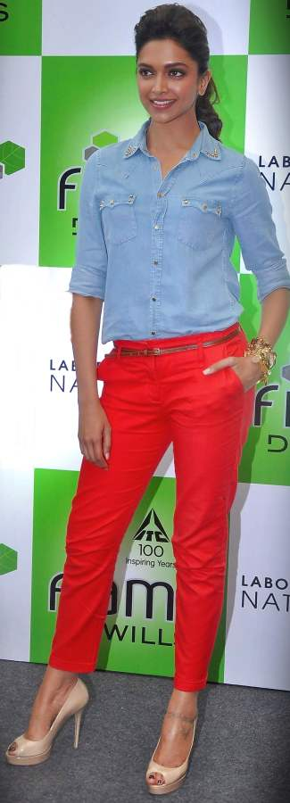 deepika padukone tangerine colored denims 2012