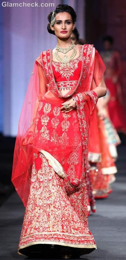 jyotsna Tiwari Aamby Valley India Bridal Fashion Week 2012-4