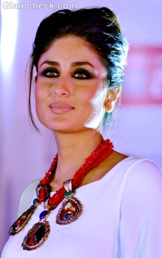kareena kapoor hairstyle makeup