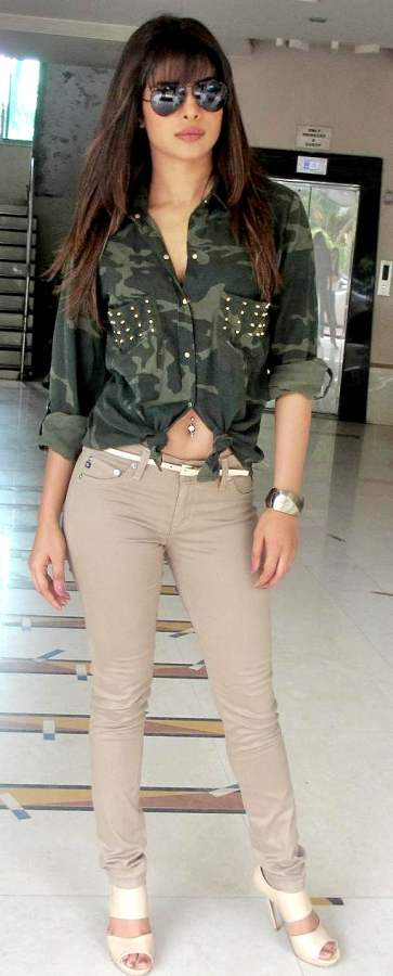 priyanka chopra sand colored denims 2012