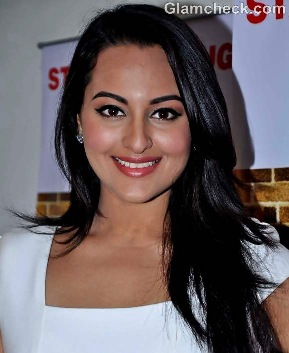 sonakshi sinha daily hair makeup look