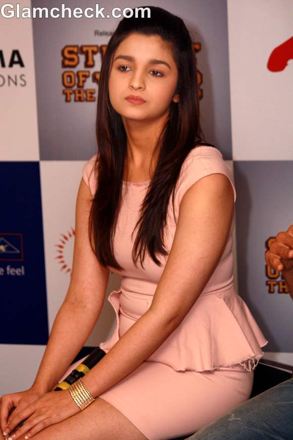 Alia bhatt in peplum during soty promotions screening