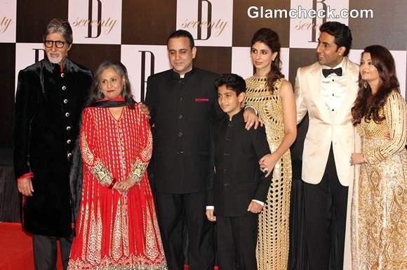 Amitabh Bachchan Celebrates 70th Bday with Family