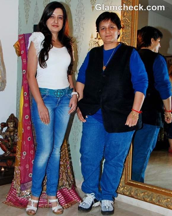 Amy Billimoria designs Falguni Pathak Navratri 2012 look