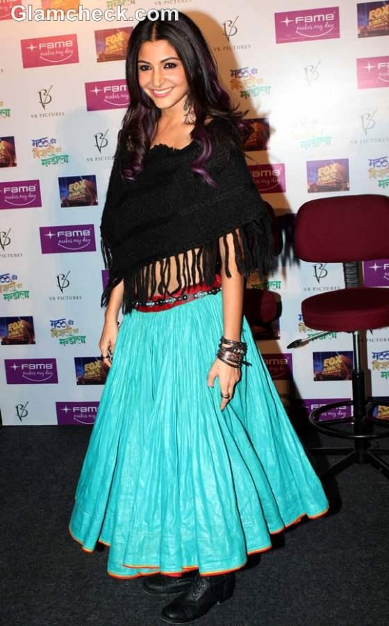 Anushka Sharma Lehenga In Matru Ki Bijlee Ka Mandola | www ...