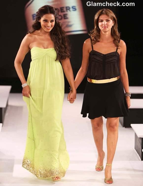 Bipasha Basu Nandita Mahtani Blenders Pride Fashion Tour 2012 Mumbai