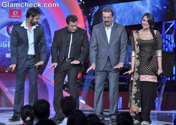 cast of son of sardar promote film on big boss 6