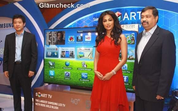Chitrangda Singh  Launch Samsung 75 inch LED Smart TV