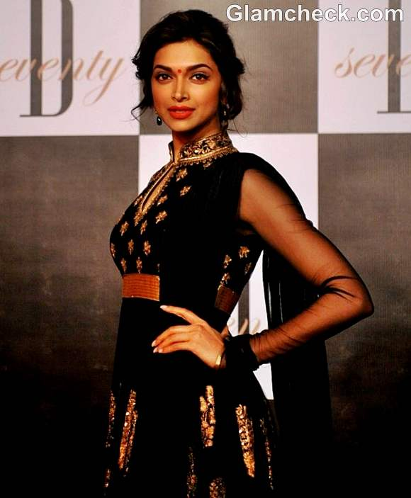 Deepika Padukone at Amitabh 70th Bday Party
