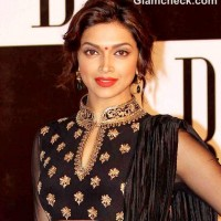 Deepika Padukone hairstyle makeup at Amitabh 70th Bday Party