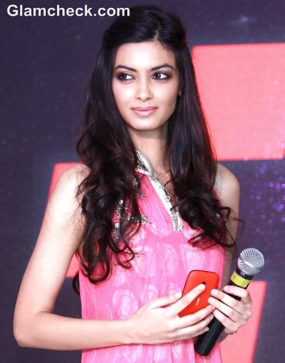 Diana Penty hairstyle makeup 2012 Launch Nokia Lumia 510