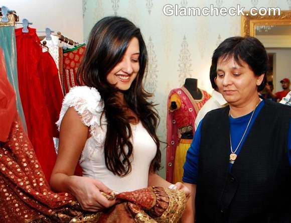 Falguni Pathak Navratri 2012 look