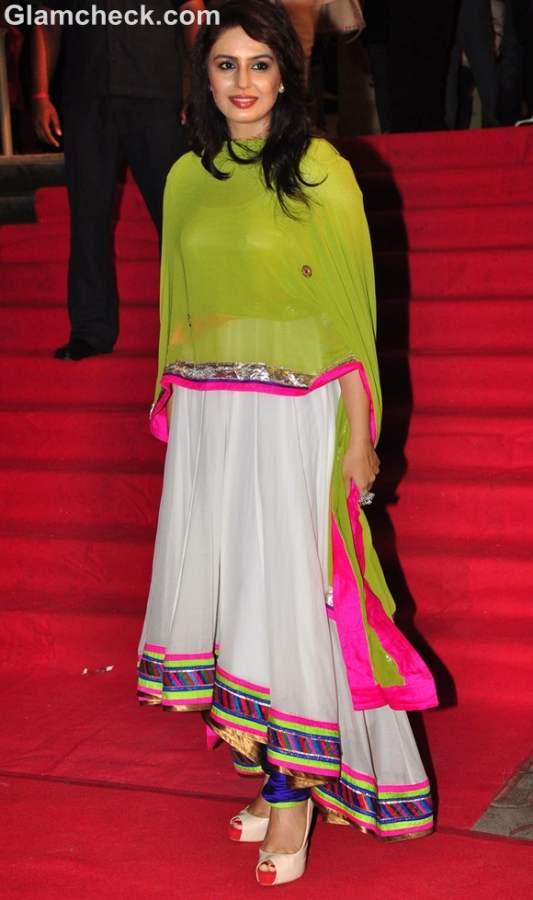 Huma Qureshi traditional look Chittagong 2012